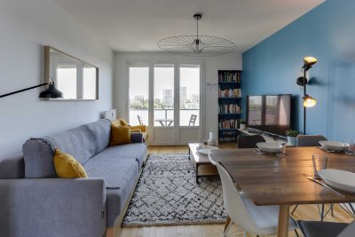 grand-séjour-lumineux-location-colocation-appartement-meublé-rennes